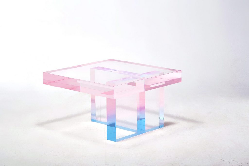 crystal-series_table-pink-to-sky-blue